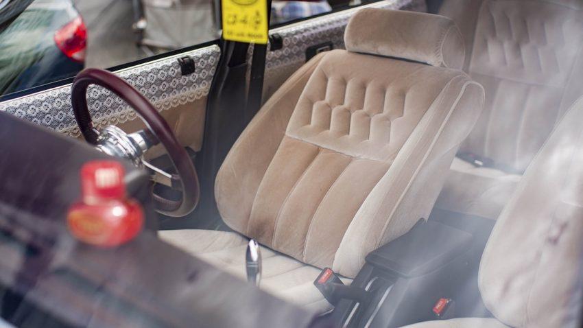 Toyota Cresta MX61 Interior