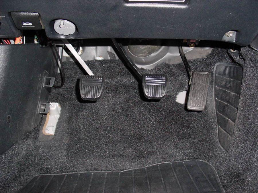 Toyota Supra JZA80 педали